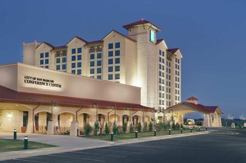 Embassy Suites Hotel, Spa and Conference Center